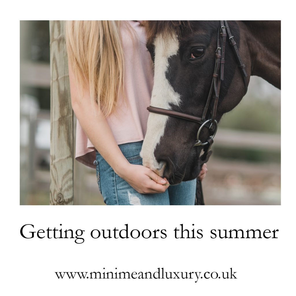 outdoors-summer